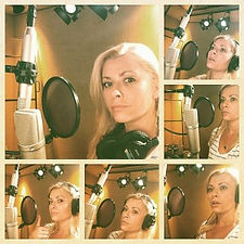Voice-over-pic2-300x300.jpg