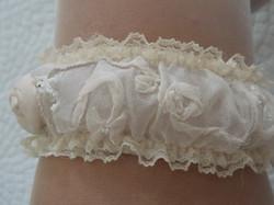Bridal gartner detail