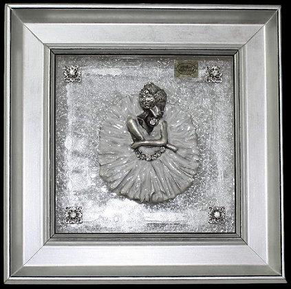 Balerina u Srebrno-Bijelom okviru