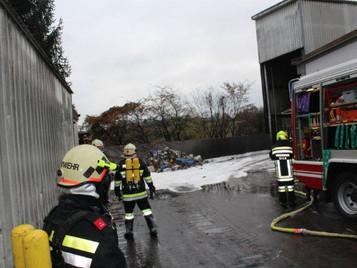 Brandeinsatz in Problemstoffsammelzentrum Guglberg