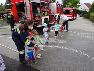 Besuch der Feuerwehr im Kindergarten