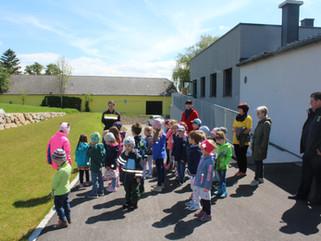 Kinder zu Besuch bei der Feuerwehr