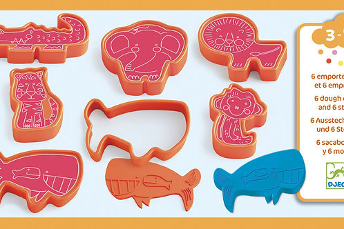 DJECO Wild Animal Modelling Dough Cutters and Stamps