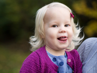 Family of Six Session: Fun in Fall Leaves . Tigard, OR