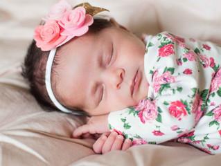 Sherwood In Home Newborn Session . Portland Oregon Maternity and Newborn Photographer