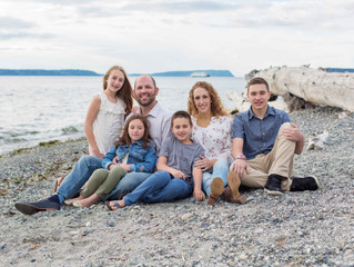 Family of Six Session: A Spring Evening at the Beach . Mukilteo, WA