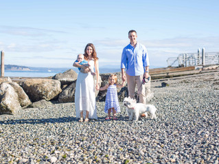 Family of Four Session: A Morning in the Sun and Sand . Mukilteo, WA