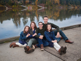 Newberg Fall Family Session . Oregon Family and Tween Photographer