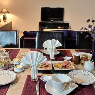 Breakfasts Les Prunelles guest house Pupillin 3km from Arbois