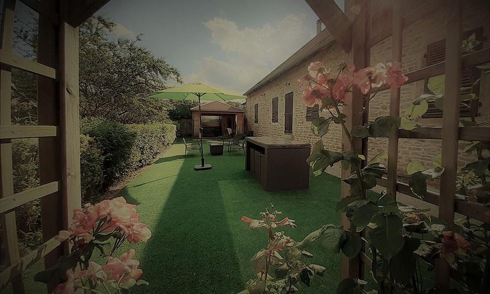 Les Prunelles maison d'hôtes Pupillin 3km d'Arbois