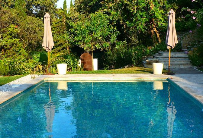 cote-azur-chambre-hotes-piscine13.jpg