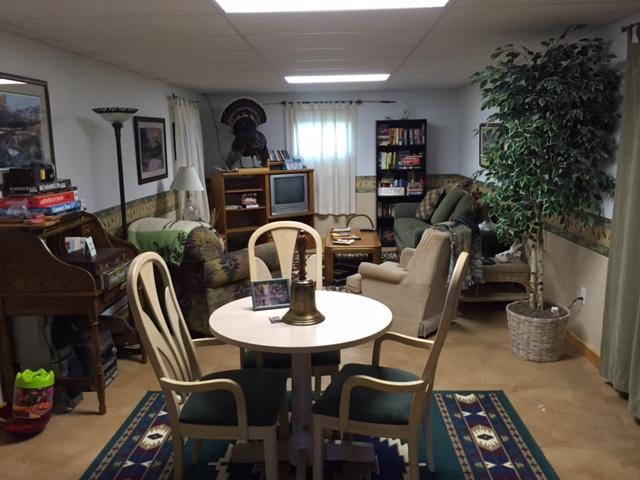 Guest Lounge & Rec Room