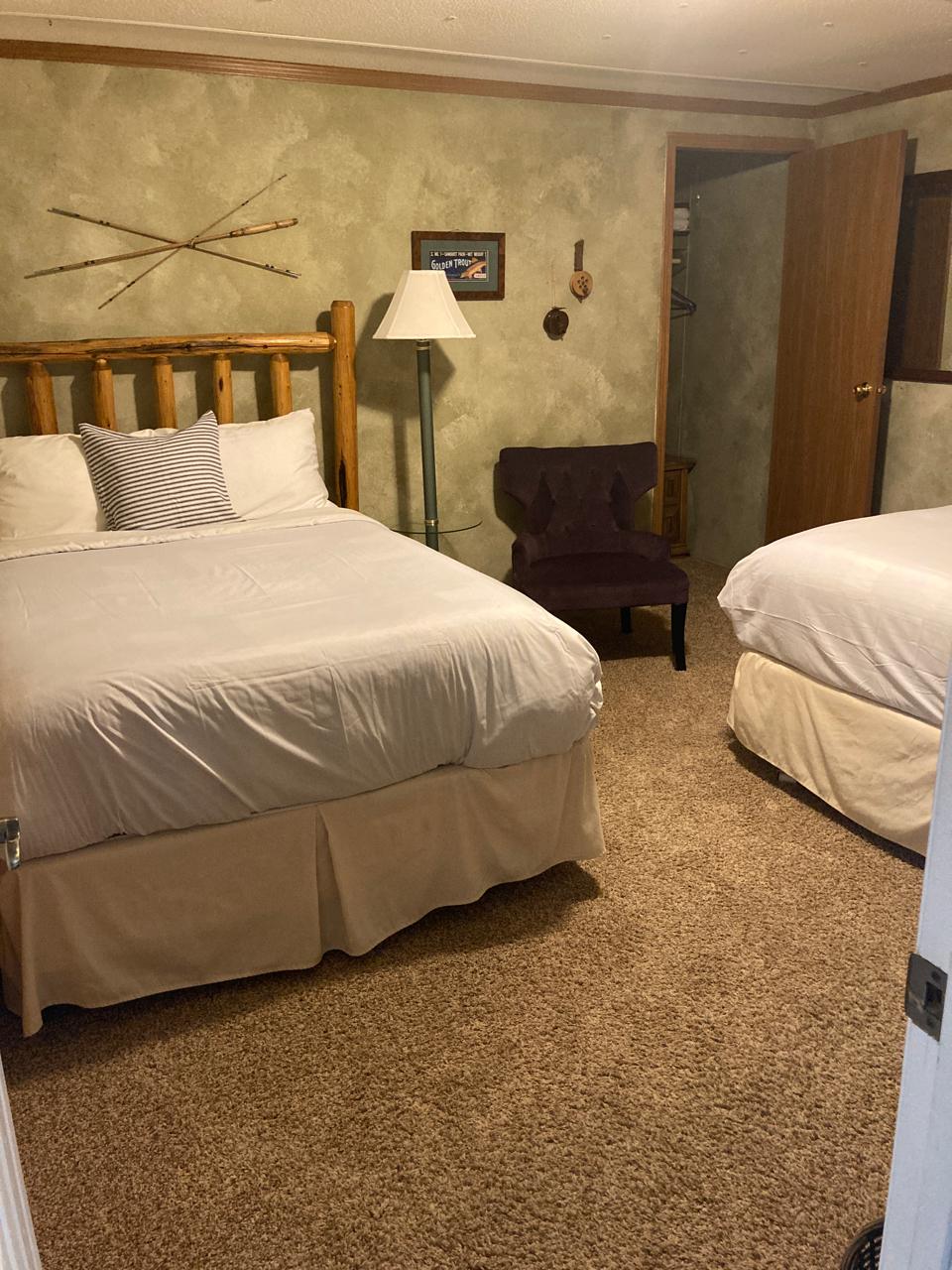 The Angler Room: 2 Full Beds