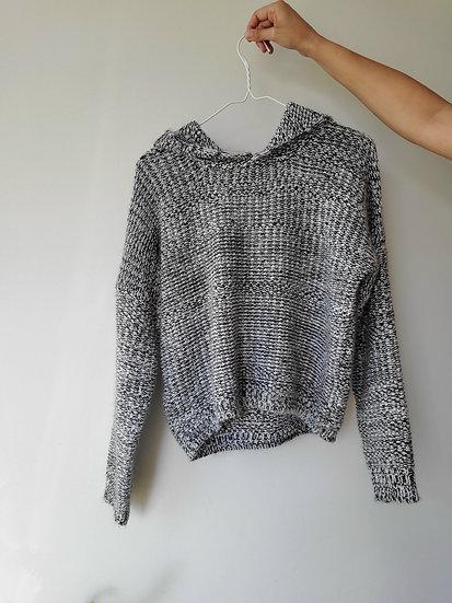 knit hoodie | medium