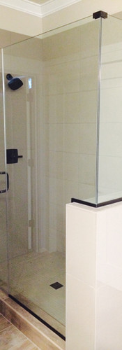 Frameless 3 Unit 90 Degree Shower with Bronze Channel