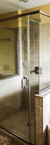 5 Unit Semi-Frameless Shower, Clear Strike-BN