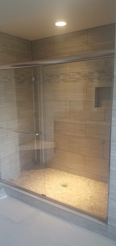 Euro Shower Enclosure-Chrome
