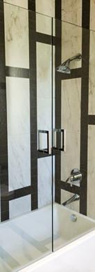 Two Frameless Doors on Tub