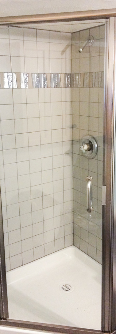 Semi-Frameless Brushed Nickel Neo Angle Shower