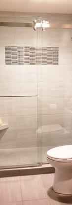 Sorrento with 1 Piece Towel Bar Chrome