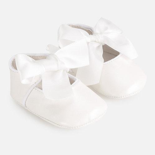 Sapatos cerimónia bebé recém nascida