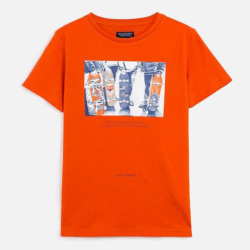 T-shirt skater menino