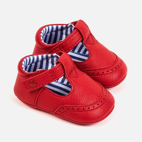 Sapatos detalhes perfurados bebé recém nascido