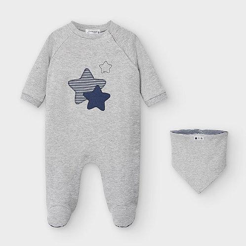 Pijama e babete recém nascido menino