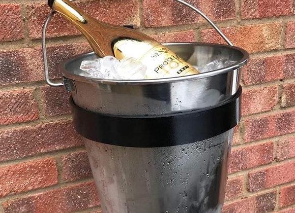 The 'Cambridge Urban' Wall Mounted Ice bucket