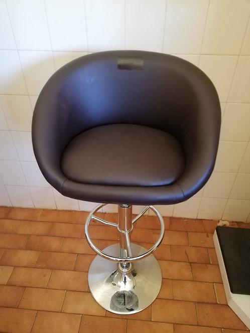 Bar chairs (brown)