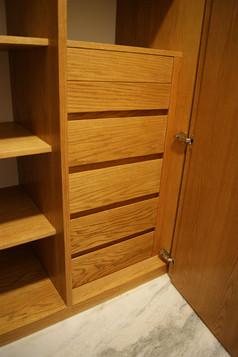 Interior de closet, 6 cajones encino