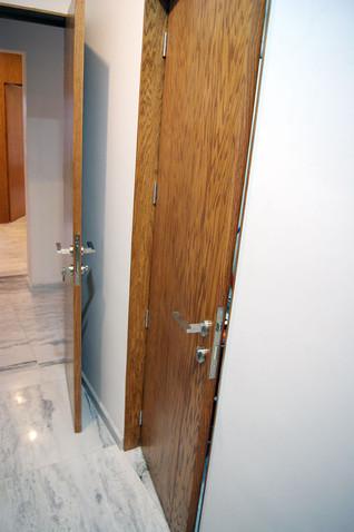 Puerta en madera de encino americano