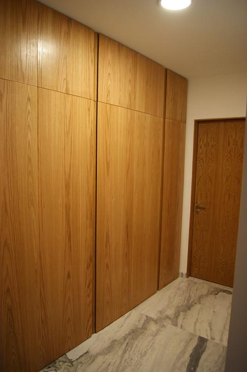 Closet armario principal encino americano terminado natural