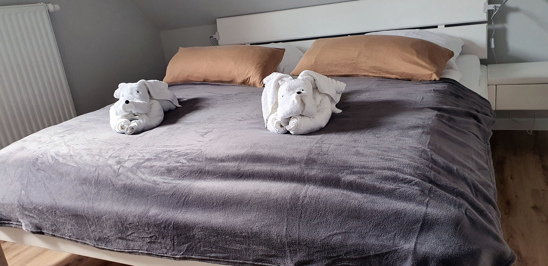 Ferienhaus Stromer - Schlafzimmer 1.jpg
