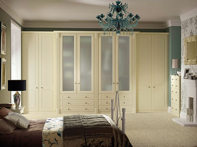 Fitted bedroom furniture made to measure to suit you and your home. Chesterfield, Sheffield, Derbyshire
