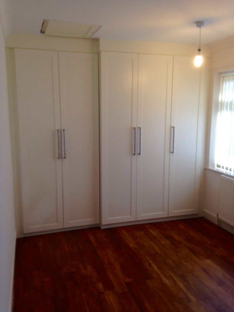 Bespoke Fitted Wardrobe -Hollingwood
