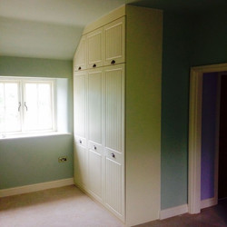 Bedroom furniture fitted in Baslow