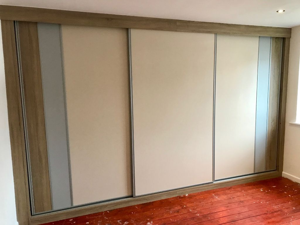 Made to measure bespoke Sliding Wardrobe