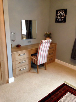 Matching dressing table -Barlborough