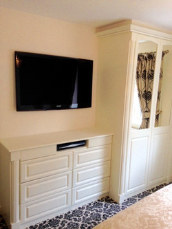 Fitted Wardrobe-Newbold Chesterfield