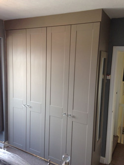 Fitted bedroom furniture in Newbold