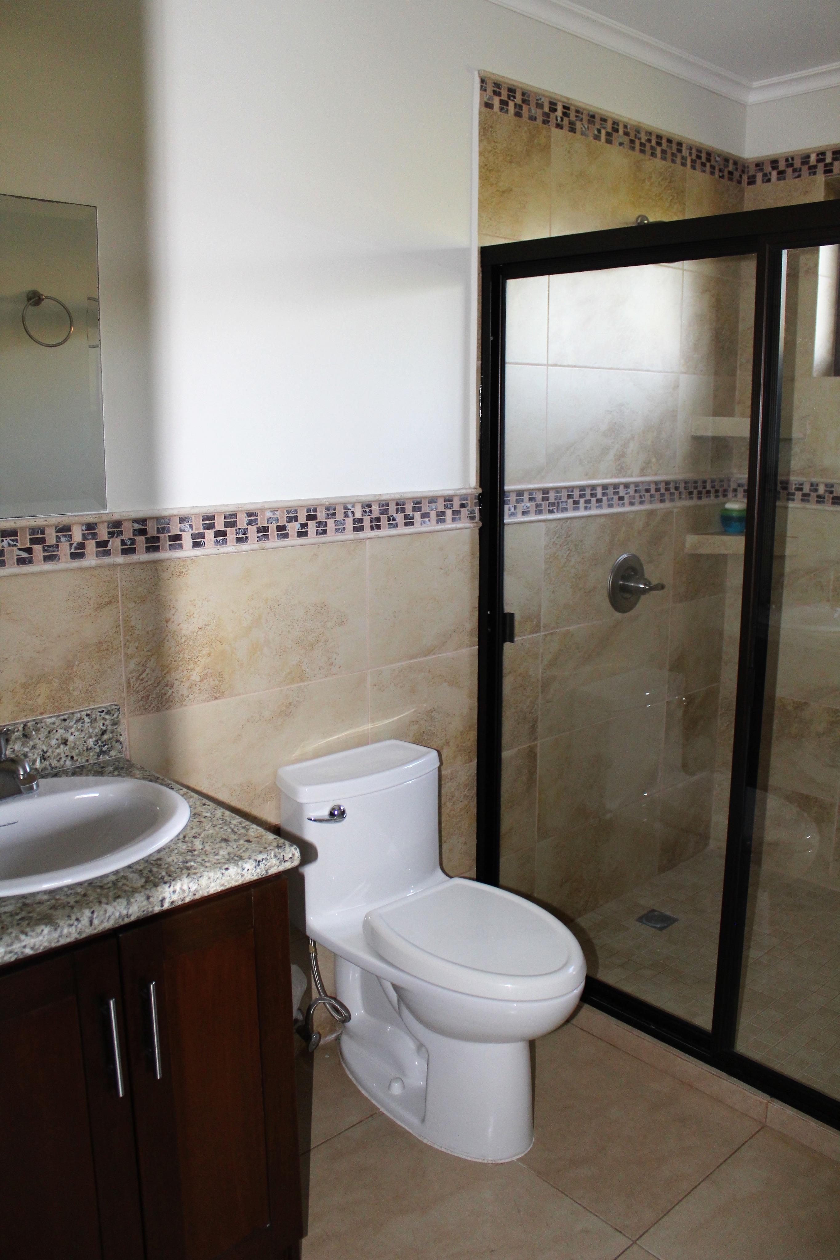 CPTCR0112_Casa_en_Venta_Alturas_de_Tenerife__baño