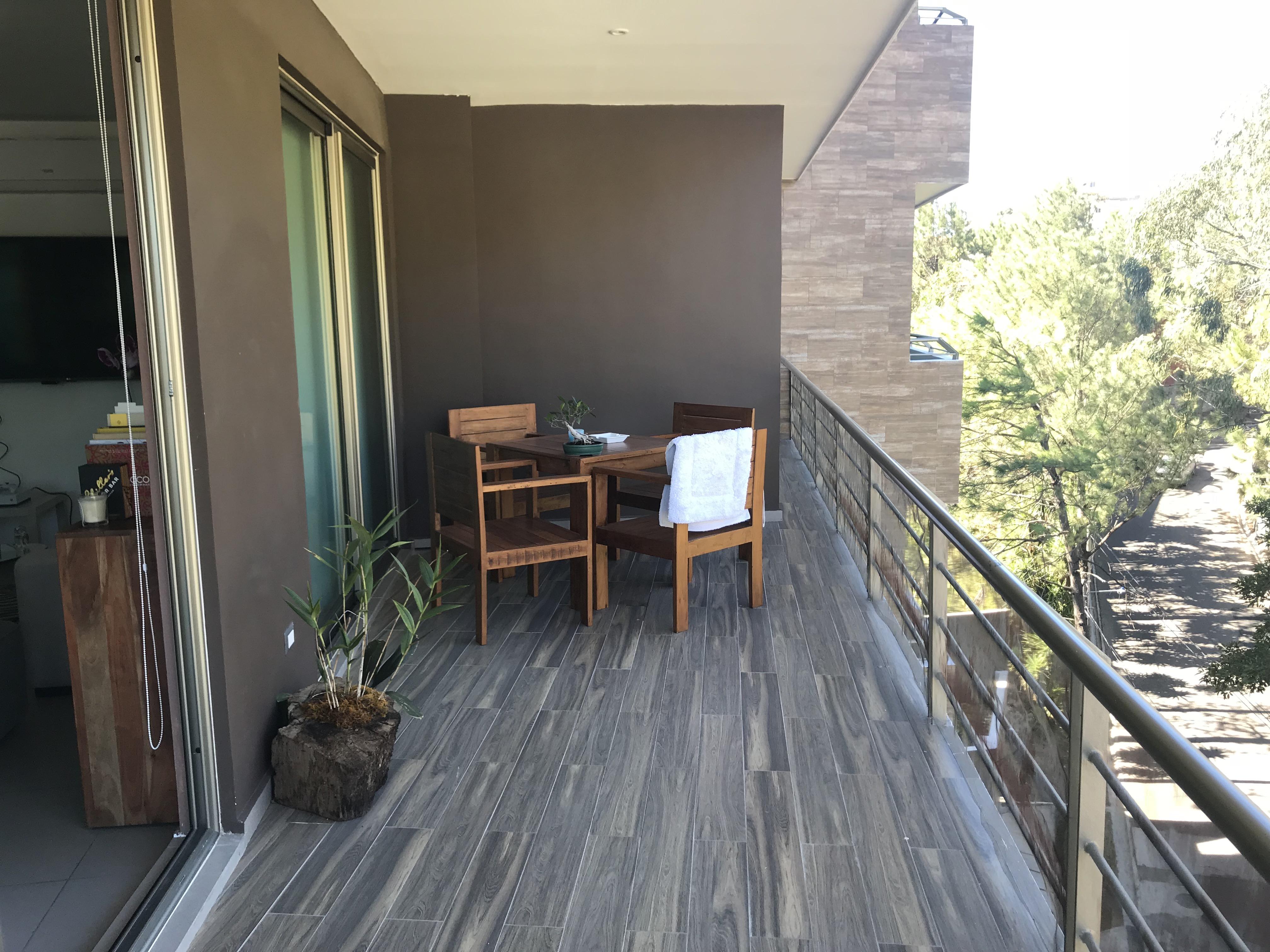 ESA0120_Apartamento_en_Venta_Para_Inversionista_Parte_Alta_Escalón_Arriba_del_luceiro_terraza