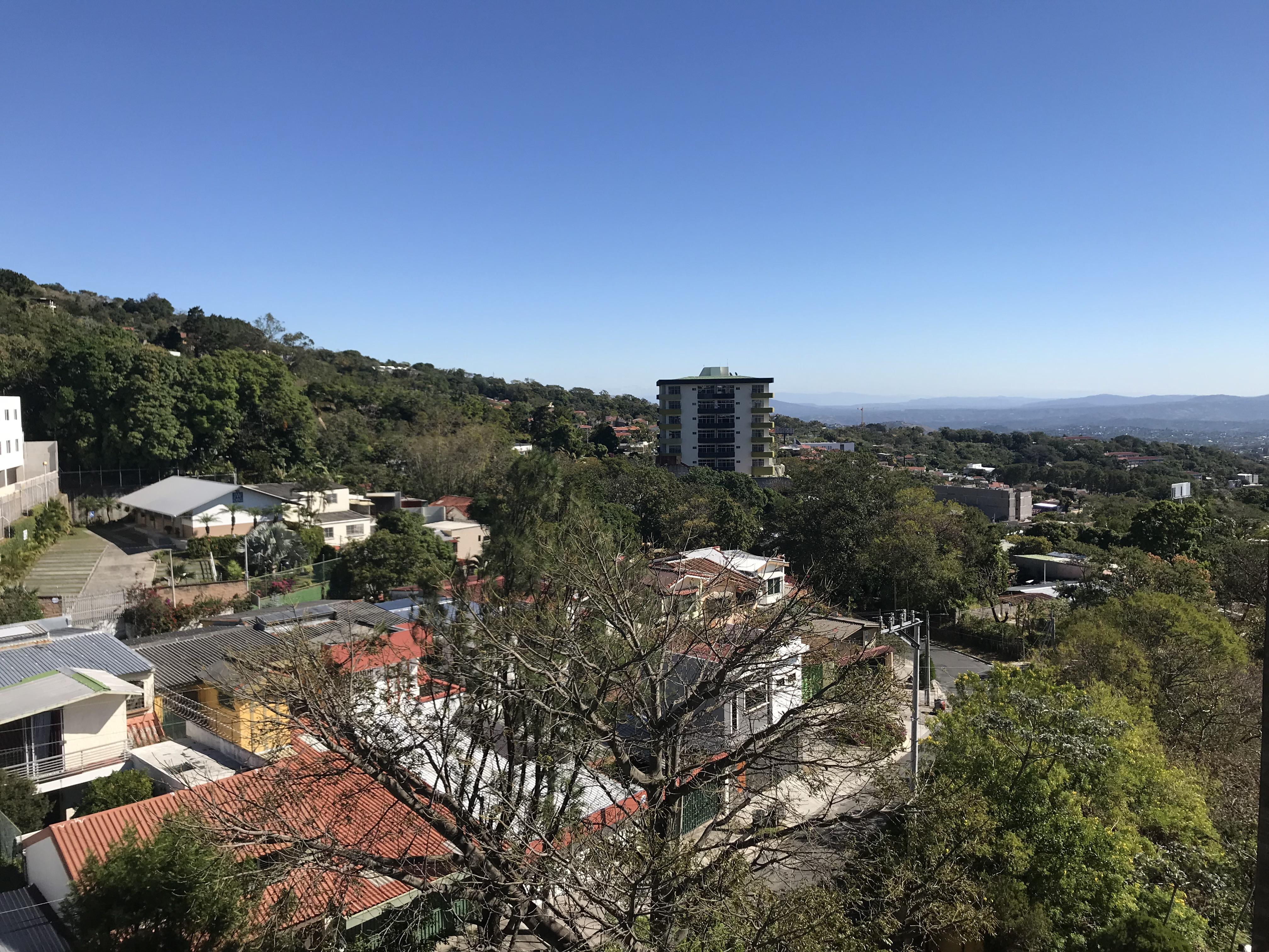 ESA0120_Apartamento_en_Venta_Para_Inversionista_Parte_Alta_Escalón_Arriba_del_luceiro_vista