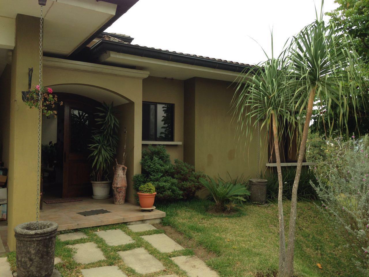 Casa Venta Quintas Piletas  entrada