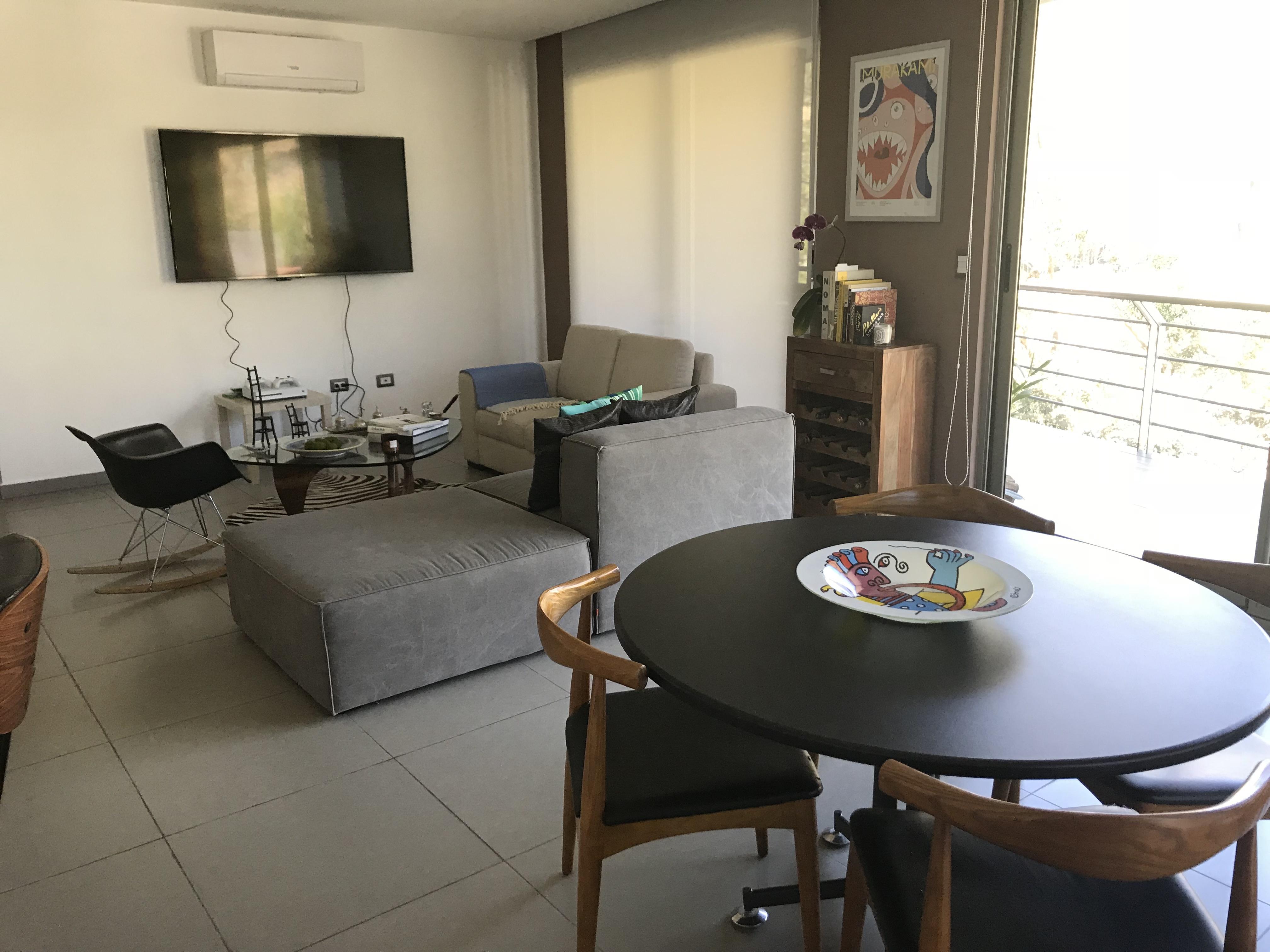 ESA0120_Apartamento_en_Venta_Para_Inversionista_Parte_Alta_Escalón_Arriba_del_luceiro_sala