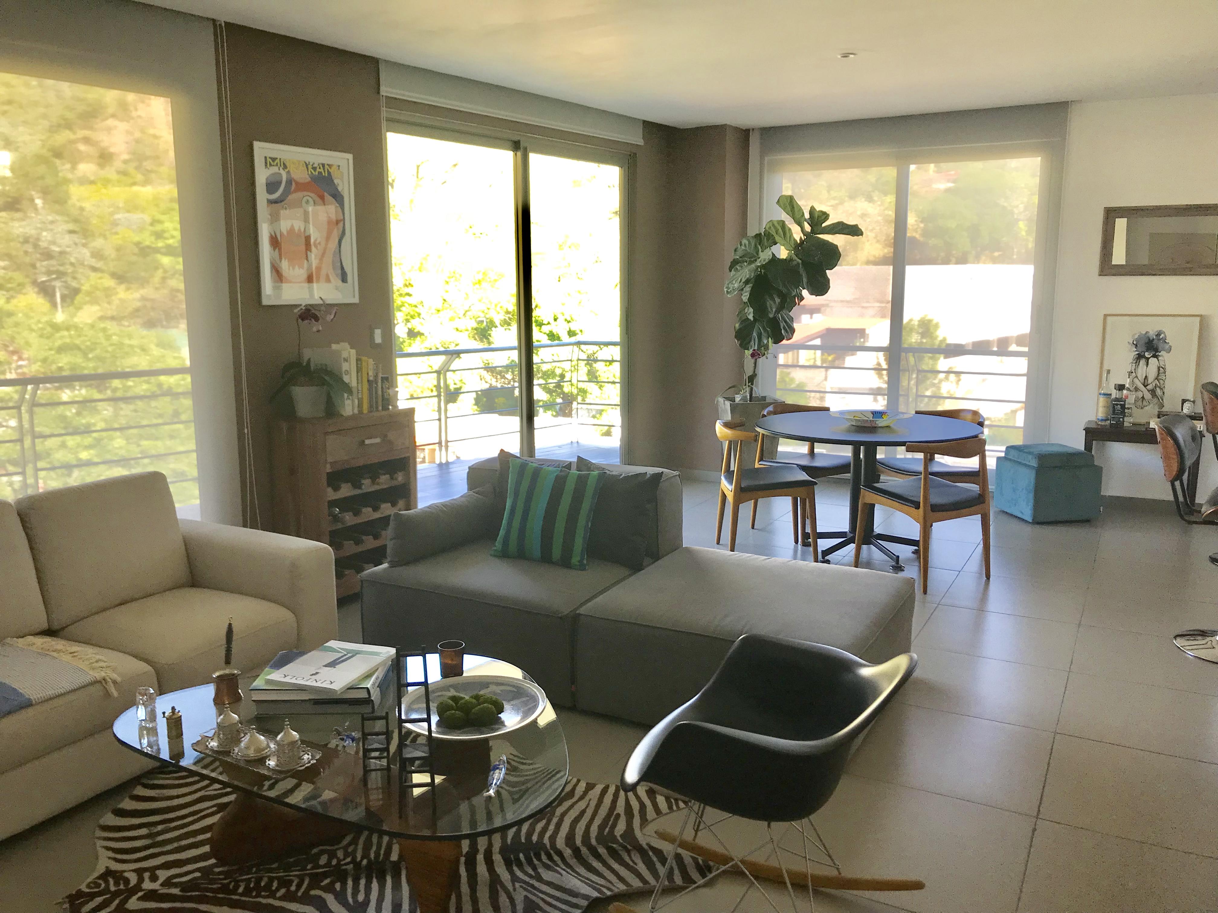 ESA0120_Apartamento_en_Venta_Para_Inversionista_Parte_Alta_Escalón_Arriba_del_luceiro_sala_comedor