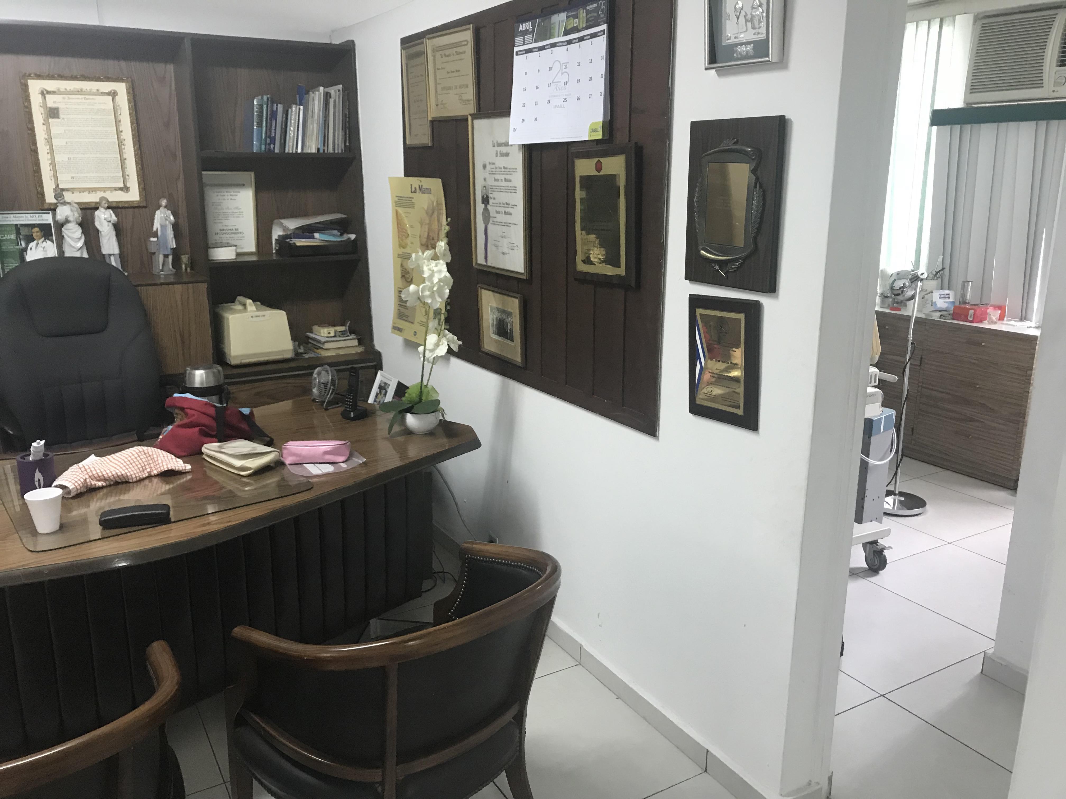 CMA0402 Local en Alquiler Colonia Medica