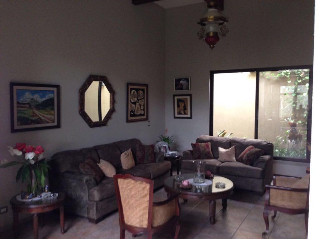 Casa Venta Quintas Piletas sala