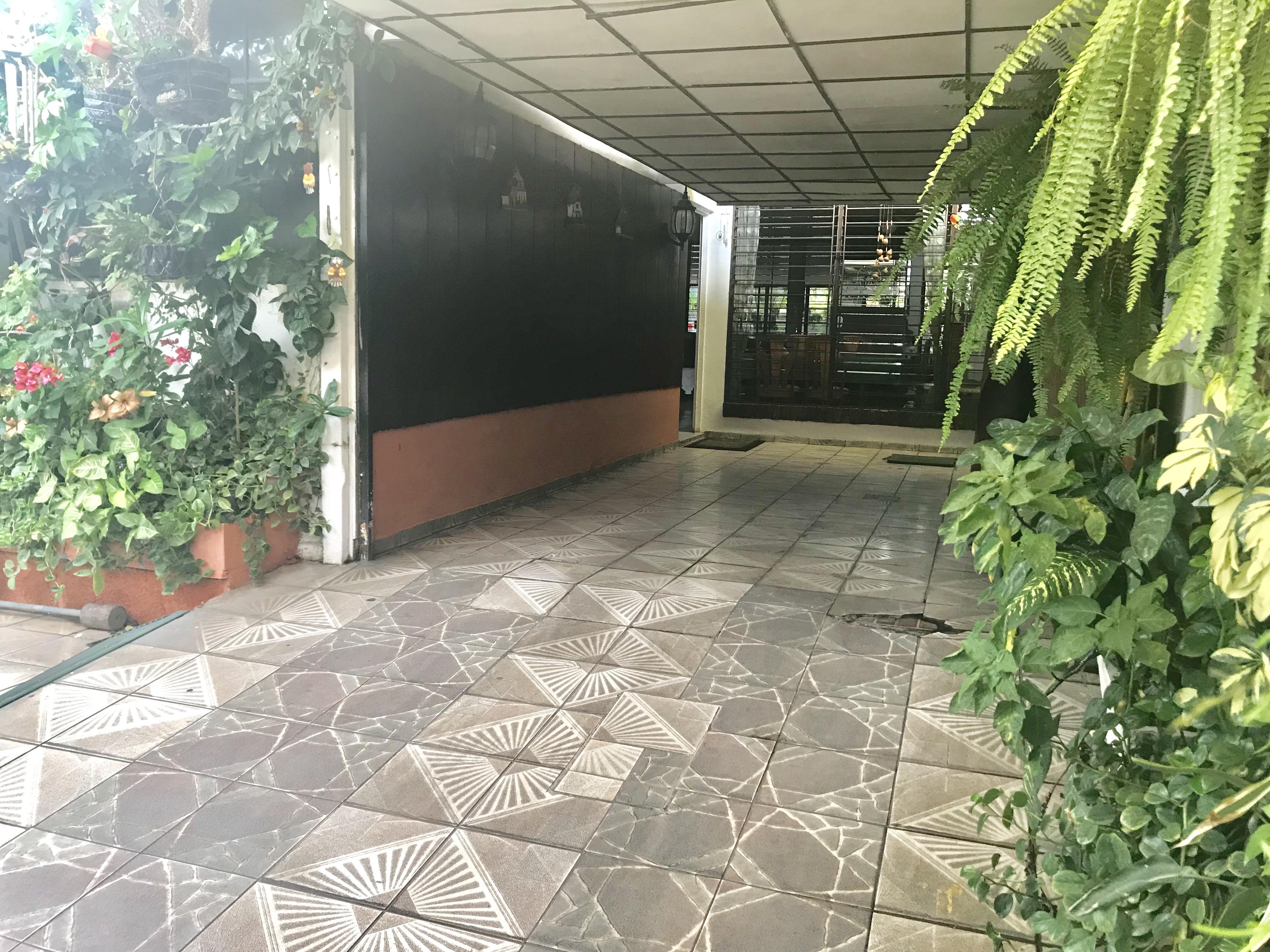 MIA0106 Casa en Venta en Privado Colonia Miramonte cochera